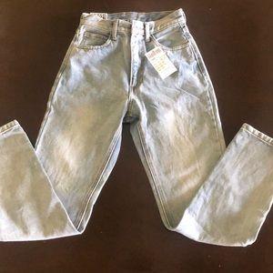 Brandy Melville High Waisted Jeans